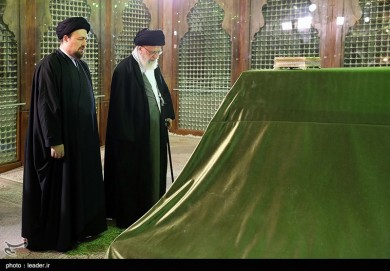 Leader Pays Homage to Late Founder of Iran's Islamic Republic
