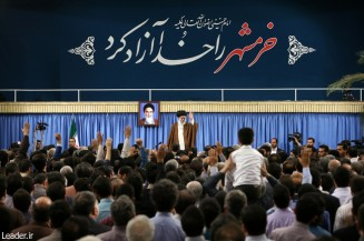 Ayatollah Seyyed Ali Khamenei : We can prevail over hardships and challenges