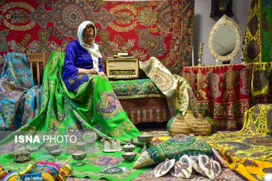 Iranian Women Front-Runners in Handicrafts Industry