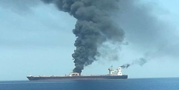 Explosions hit Iranian oil tanker in Red Sea