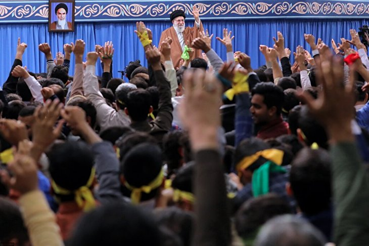 Imam Khamenei's thanks to the Iranian nation