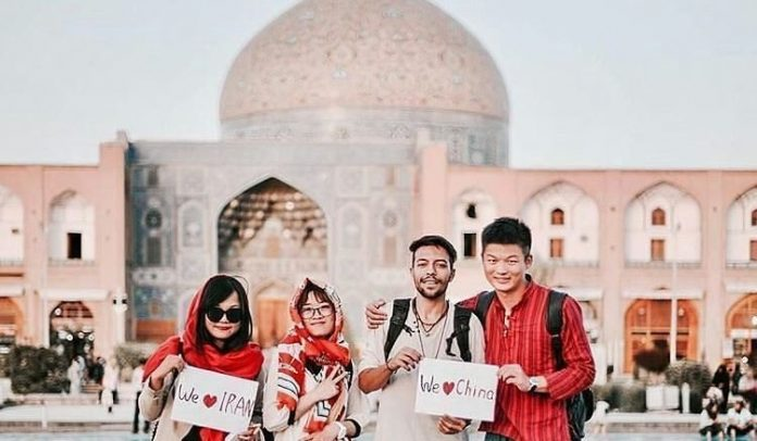 Iran Lifts Visa Requirement for Chinese Tourists