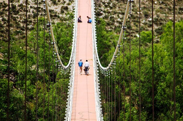 Meshginshahr Bridge: Longest suspension bridge in Middle East