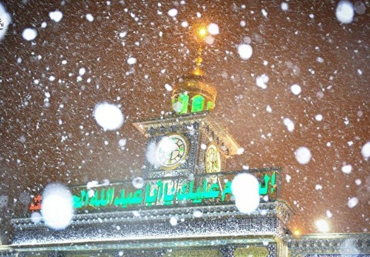 Iraq: Beautiful Snowfall in Karbala