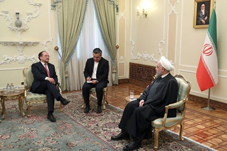 Rouhani Says US Sanctions on Iran Resemble Coronavirus