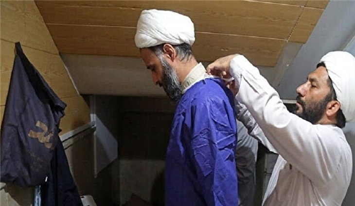 Iranian Seminary Students Offer Take Care of Western Elderly
