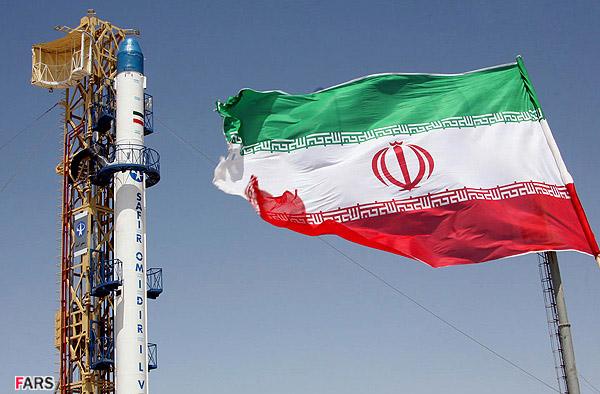 مروري مقايسه اي بر كاركرد حكومت پهلوي با چهار دهه انقلاب اسلامي ايران
