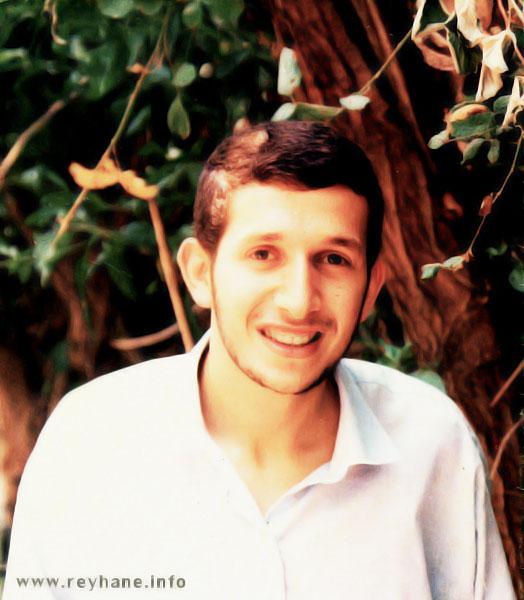 فرزند راستین خمینی در راه اسلام ناب محمدی