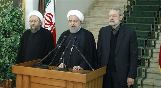 چالش های جمهوری اسلامی ایران در مقابله با فساد